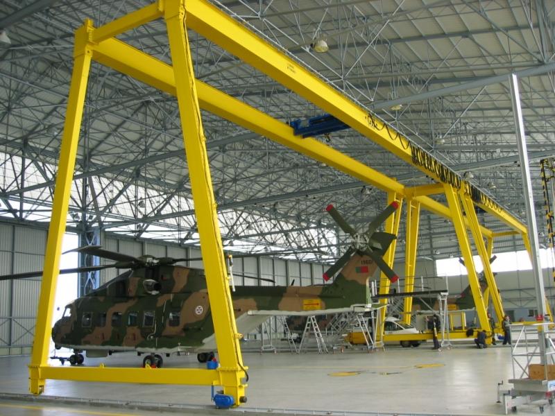 Portique maintenance hélicoptère, potence, potence Cornebarrieu, potence pour industrie, potence pour industrie Cornebarrieu