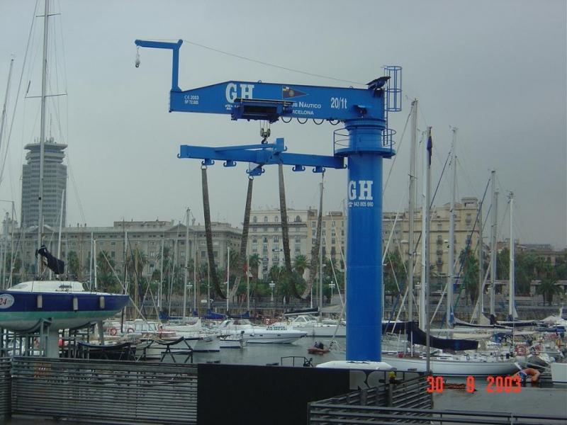 Potence sur fut nautique, portique, semi portique, portique Cornebarrieu, semi portique Cornebarrieu