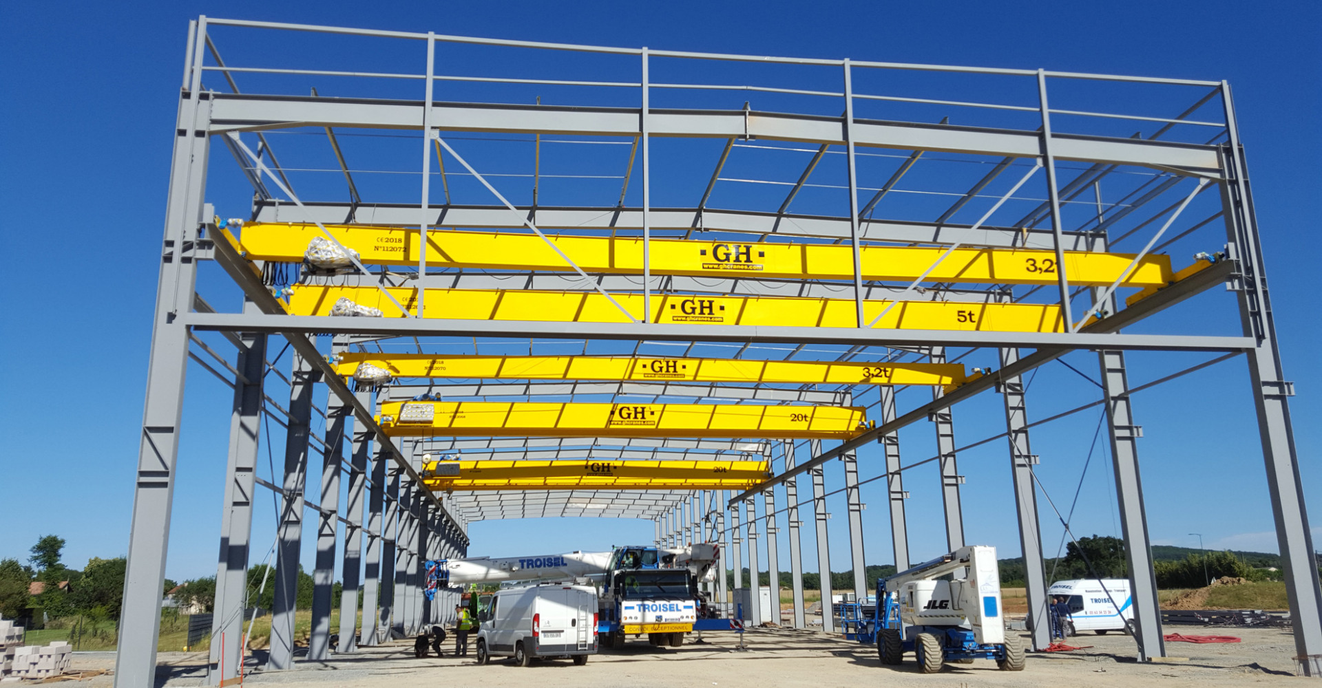 Installation <span>&</span> Maintenance